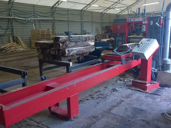 Frame sawing machine